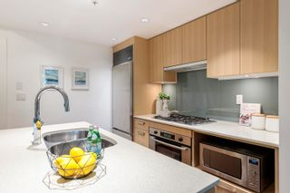 """Photo 2: 305 1675 W 8TH Avenue in Vancouver: Fairview VW Condo for sale in """"Camera"""" (Vancouver West)  : MLS®# R2617696"""