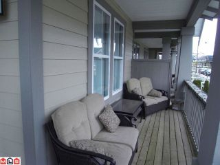 """Photo 2: 23188 BILLY BROWN Road in Langley: Fort Langley Townhouse for sale in """"BEDFORD LANDING"""" : MLS®# F1009285"""