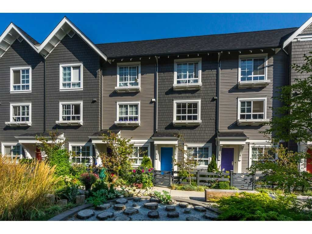 """Main Photo: 63 8438 207A Street in Langley: Willoughby Heights Townhouse for sale in """"York by Mosaic"""" : MLS®# R2201869"""