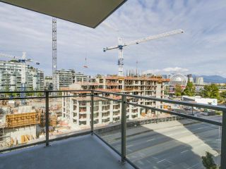 Photo 13: 810 111 E 1ST AVENUE in Vancouver: Mount Pleasant VE Condo for sale (Vancouver East)  : MLS®# R2135832
