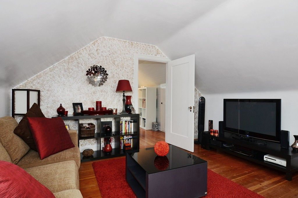 Photo 10: Photos: 3667 DUNBAR Street in Vancouver: Dunbar House for sale (Vancouver West)  : MLS®# V1080025