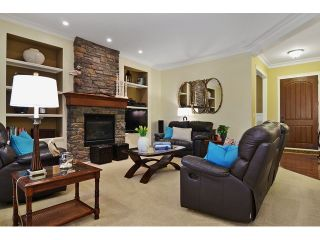 Photo 3: 21082 83B AV in Langley: Willoughby Heights House for sale : MLS®# f1432026