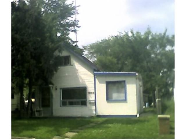 Main Photo: 1009 BOSTON Avenue in WINNIPEG: Manitoba Other Residential for sale : MLS®# 1013752