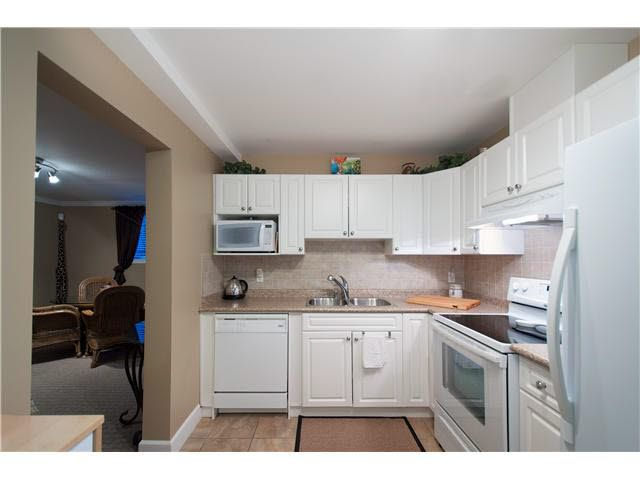 Photo 2: Photos: Lower level 2 bed 2648 Bendale Place in North Vancouver: Blueridge House for rent