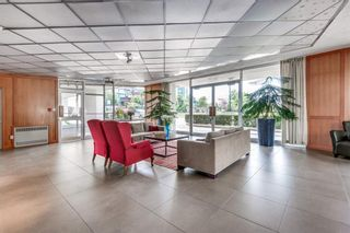 """Photo 4: 503 1835 MORTON Avenue in Vancouver: West End VW Condo for sale in """"OCEAN TOWERS"""" (Vancouver West)  : MLS®# R2567245"""