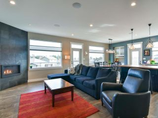 Photo 4: 208 MICHIGAN PLACE in CAMPBELL RIVER: CR Willow Point House for sale (Campbell River)  : MLS®# 833859