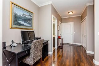 Photo 12: 401 20281 53A AVENUE in Langley: Langley City Condo for sale : MLS®# R2297703