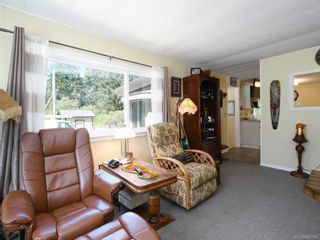 Photo 4: 5 2615 Otter Point Rd in Sooke: Sk Broomhill Manufactured Home for sale : MLS®# 845766