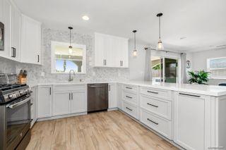 Photo 7: LA MESA House for sale : 3 bedrooms : 7975 Rainey St