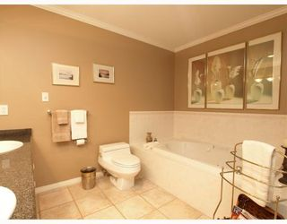 """Photo 7: 603 1500 OSTLER Court in North_Vancouver: Indian River Condo for sale in """"MOUNTAIN TERRACE"""" (North Vancouver)  : MLS®# V766363"""