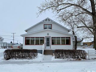 Photo 3: 33 Main Street in Lucky Lake: Residential for sale : MLS®# SK812697