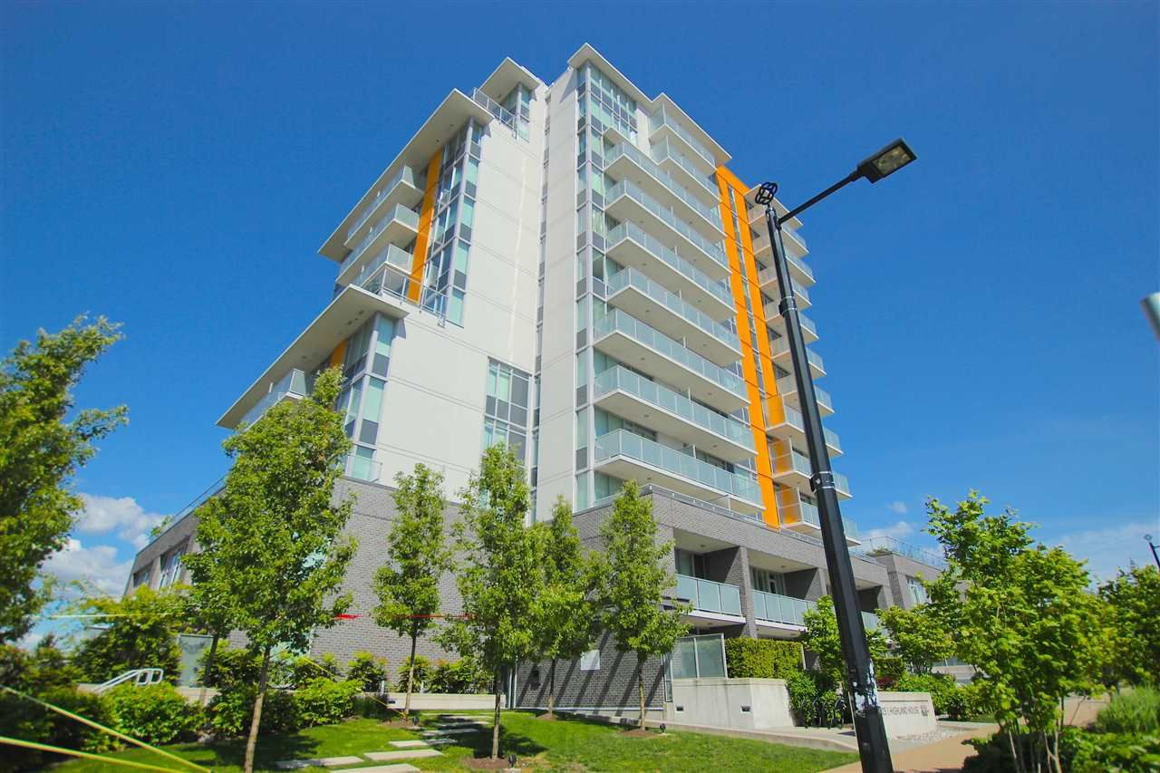 """Main Photo: 701 9025 HIGHLAND Court in Burnaby: Simon Fraser Univer. Condo for sale in """"HIGHLAND HOUSE"""" (Burnaby North)  : MLS®# R2066421"""