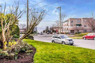 "Photo 4: 204 1220 FIR Street: White Rock Condo for sale in ""Vista Pacifica"" (South Surrey White Rock)  : MLS®# R2447004"