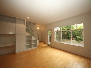 """Photo 6: 5358 LARCH Street in Vancouver: Kerrisdale Townhouse for sale in """"Larchwood"""" (Vancouver West)  : MLS®# R2382346"""