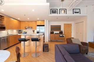 """Photo 1: 511 549 COLUMBIA Street in New Westminster: Downtown NW Condo for sale in """"C2C Lofts"""" : MLS®# R2601275"""