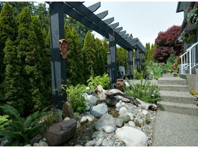 "Photo 10: Photos: 15515 BUENA VISTA Avenue: White Rock House for sale in ""Vista Hills"" (South Surrey White Rock)  : MLS®# F1312289"