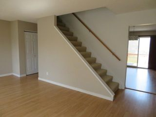 Photo 5: 9 Aspen Drive: Oakbank Single Family Attached for sale (R04)  : MLS®# 1804060