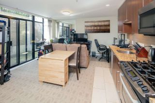 """Photo 10: 14 1863 WESBROOK Mall in Vancouver: University VW Townhouse for sale in """"Esse"""" (Vancouver West)  : MLS®# R2354042"""