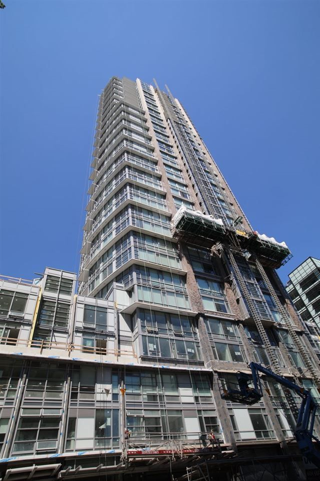 Main Photo: 3605 1283 HOWE STREET in Vancouver: Downtown VW Condo for sale (Vancouver West)  : MLS®# R2294829