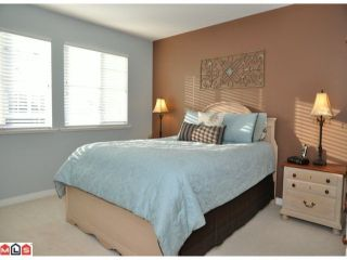 """Photo 6: 34 17097 64TH Avenue in Surrey: Cloverdale BC Townhouse for sale in """"Kentucky"""" (Cloverdale)  : MLS®# F1100822"""