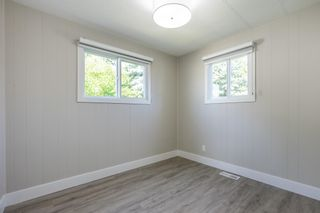 """Photo 14: 119 1840 160 Street in Surrey: King George Corridor Manufactured Home for sale in """"Breakaway Bays"""" (South Surrey White Rock)  : MLS®# R2598312"""