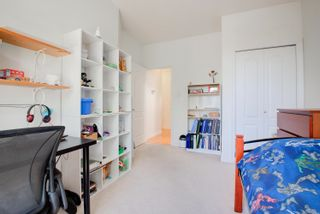 Photo 14: 2743 E 53RD Avenue in Vancouver: Killarney VE House for sale (Vancouver East)  : MLS®# R2603936