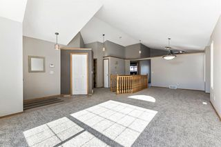 Photo 5: 143 Somerside Grove SW in Calgary: Somerset Detached for sale : MLS®# A1126412