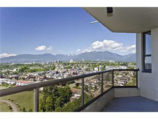 """Photo 2: 2301 4353 HALIFAX Street in Burnaby: Brentwood Park Condo for sale in """"BRENT GARDENS"""" (Burnaby North)  : MLS®# V906044"""
