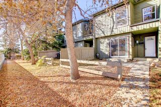 Photo 2: 24 420 Grier Avenue NE in Calgary: Greenview Row/Townhouse for sale : MLS®# A1154049