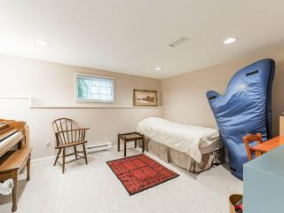 """Photo 30: 4015 W 28TH Avenue in Vancouver: Dunbar House for sale in """"DUNBAR"""" (Vancouver West)  : MLS®# R2571774"""