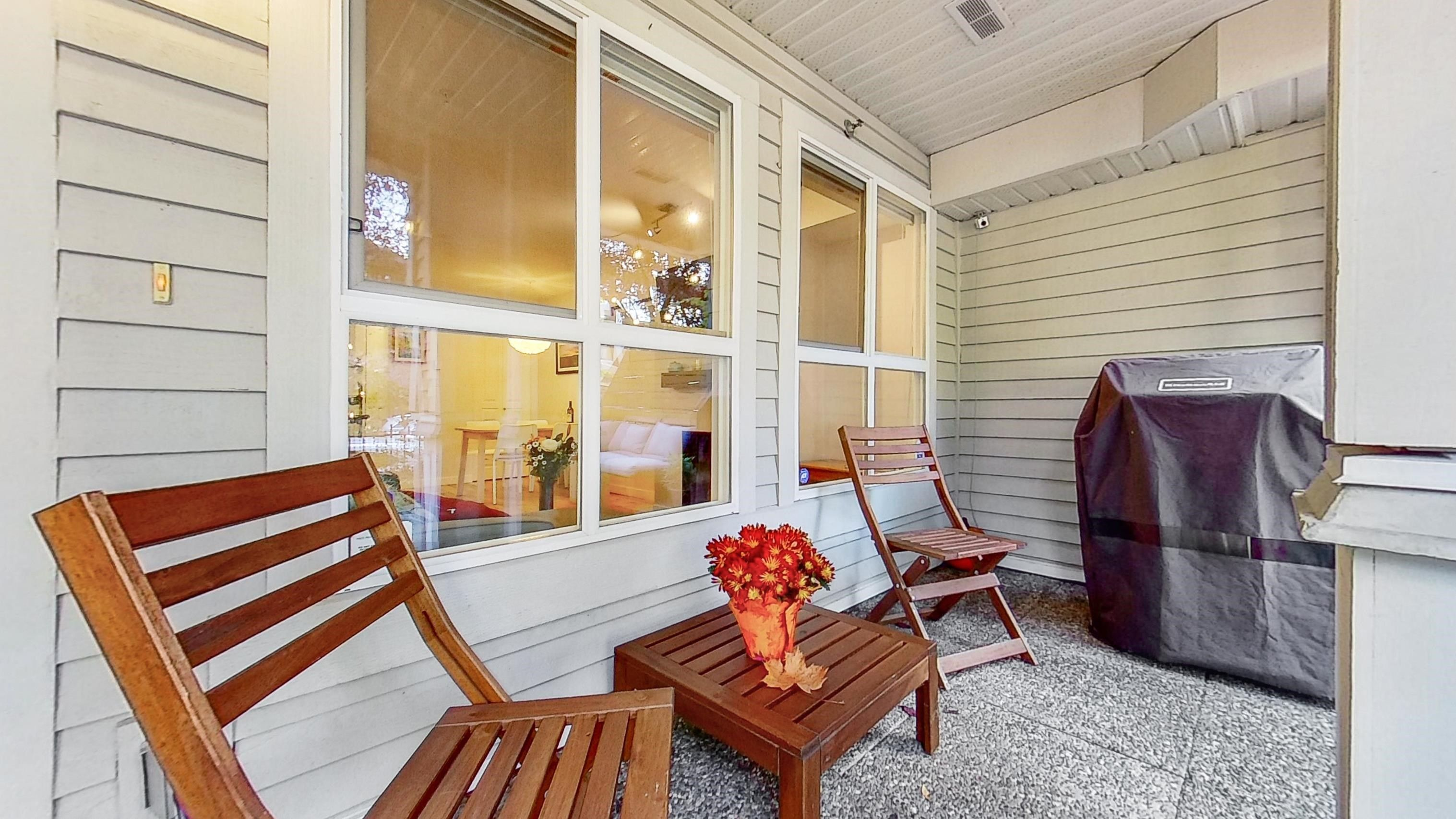 """Main Photo: 3268 HEATHER Street in Vancouver: Cambie Townhouse for sale in """"Heatherstone"""" (Vancouver West)  : MLS®# R2625266"""