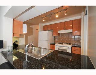"Photo 3: 2906 193 AQUARIUS MEWS BB in Vancouver: False Creek North Condo for sale in ""MARINASIDE RESORT RESIDENCES"" (Vancouver West)  : MLS®# V746327"