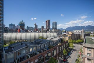 "Photo 14: 1103 550 TAYLOR Street in Vancouver: Downtown VW Condo for sale in ""The Taylor"" (Vancouver West)  : MLS®# R2369050"