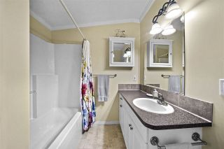 """Photo 12: 72 11847 PINYON Drive in Pitt Meadows: Central Meadows Manufactured Home for sale in """"Meadow Highlands Co-op"""" : MLS®# R2420796"""