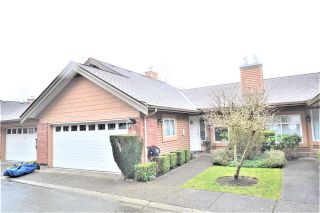 Photo 2: 25 5201 OAKMOUNT Crescent in Burnaby: Oaklands Townhouse for sale (Burnaby South)  : MLS®# R2610087