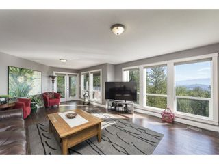 """Photo 19: 127 8590 SUNRISE Drive in Chilliwack: Chilliwack Mountain Townhouse for sale in """"Maple Hills"""" : MLS®# R2571129"""