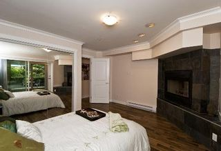 Photo 16: REALLY GORGEOUS 1BR PLUS DEN!