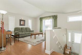 Photo 11: 30 SUNBURST Crescent in Rosenort: R17 Residential for sale : MLS®# 202113612
