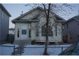 Photo 1: 7167 LAGUNA Way NE in Calgary: Monterey Park Residential Detached Single Family for sale : MLS®# C3652715