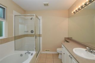 """Photo 16: 11 1108 RIVERSIDE Close in Port Coquitlam: Riverwood Townhouse for sale in """"HERITAGE MEADOWS"""" : MLS®# R2359716"""
