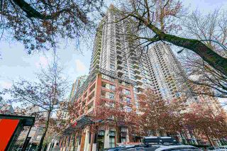"""Photo 2: 1407 977 MAINLAND Street in Vancouver: Yaletown Condo for sale in """"YALETOWN PARK 3"""" (Vancouver West)  : MLS®# R2524539"""