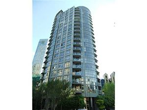 Main Photo: Sterling: 1050 Smithe Street in Vancouver: Number of Units - 129 Condo for sale ()