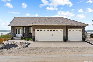 Main Photo: 235 Tuwale Trail in Sun Dale: Residential for sale : MLS®# SK868019