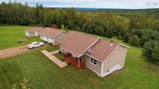 Photo 1: 571 East Torbrook Road in South Tremont: 404-Kings County Residential for sale (Annapolis Valley)  : MLS®# 202123955