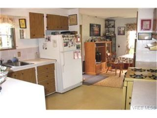 Photo 6: 39 2587 Selwyn Rd in VICTORIA: La Mill Hill Manufactured Home for sale (Langford)  : MLS®# 338359