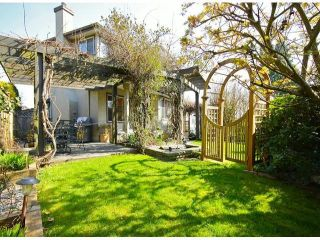 """Photo 9: 5869 189TH Street in Surrey: Cloverdale BC House for sale in """"ROSEWOOD"""" (Cloverdale)  : MLS®# F1307410"""