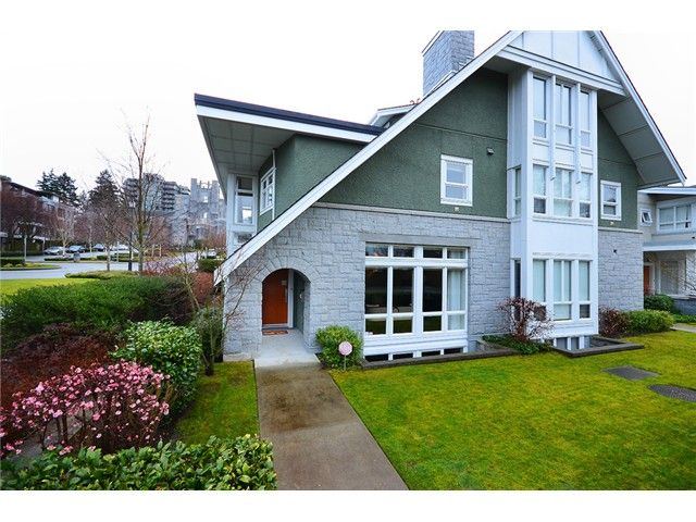 Main Photo: 6002 Chancellor Boulevard in Vancouver: 1/2 Duplex for sale (Vancouver West)  : MLS®# v1060441