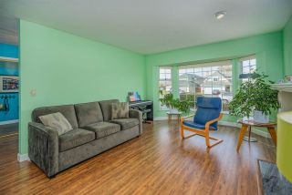 """Photo 6: 21314 86A Crescent in Langley: Walnut Grove House for sale in """"Forest Hills"""" : MLS®# R2543624"""
