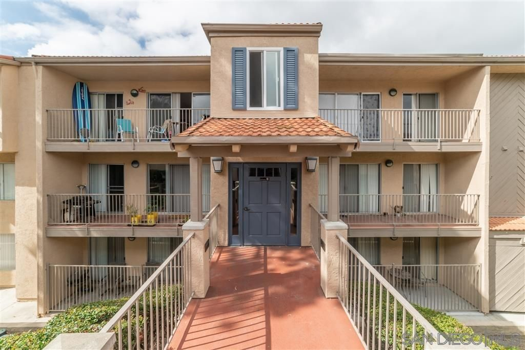 Main Photo: CARLSBAD WEST Condo for sale : 2 bedrooms : 2342 Hosp Way #122 in Carlsbad
