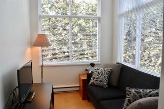 """Photo 6: 210 1675 W 10TH Avenue in Vancouver: Fairview VW Condo for sale in """"Norfolk House by Polygon"""" (Vancouver West)  : MLS®# R2173409"""